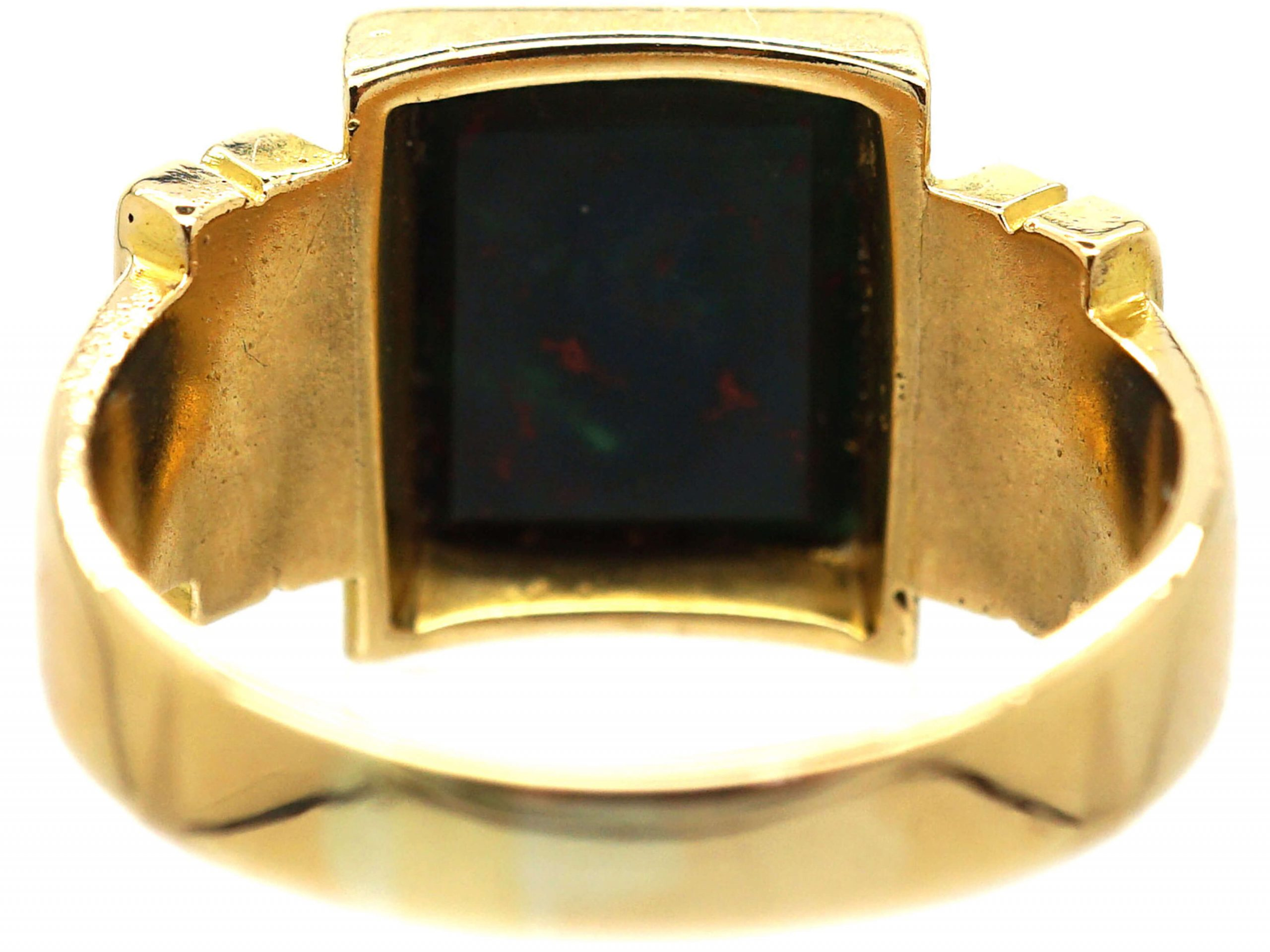 Victorian 18ct Gold Signet Ring set with a Bloodstone