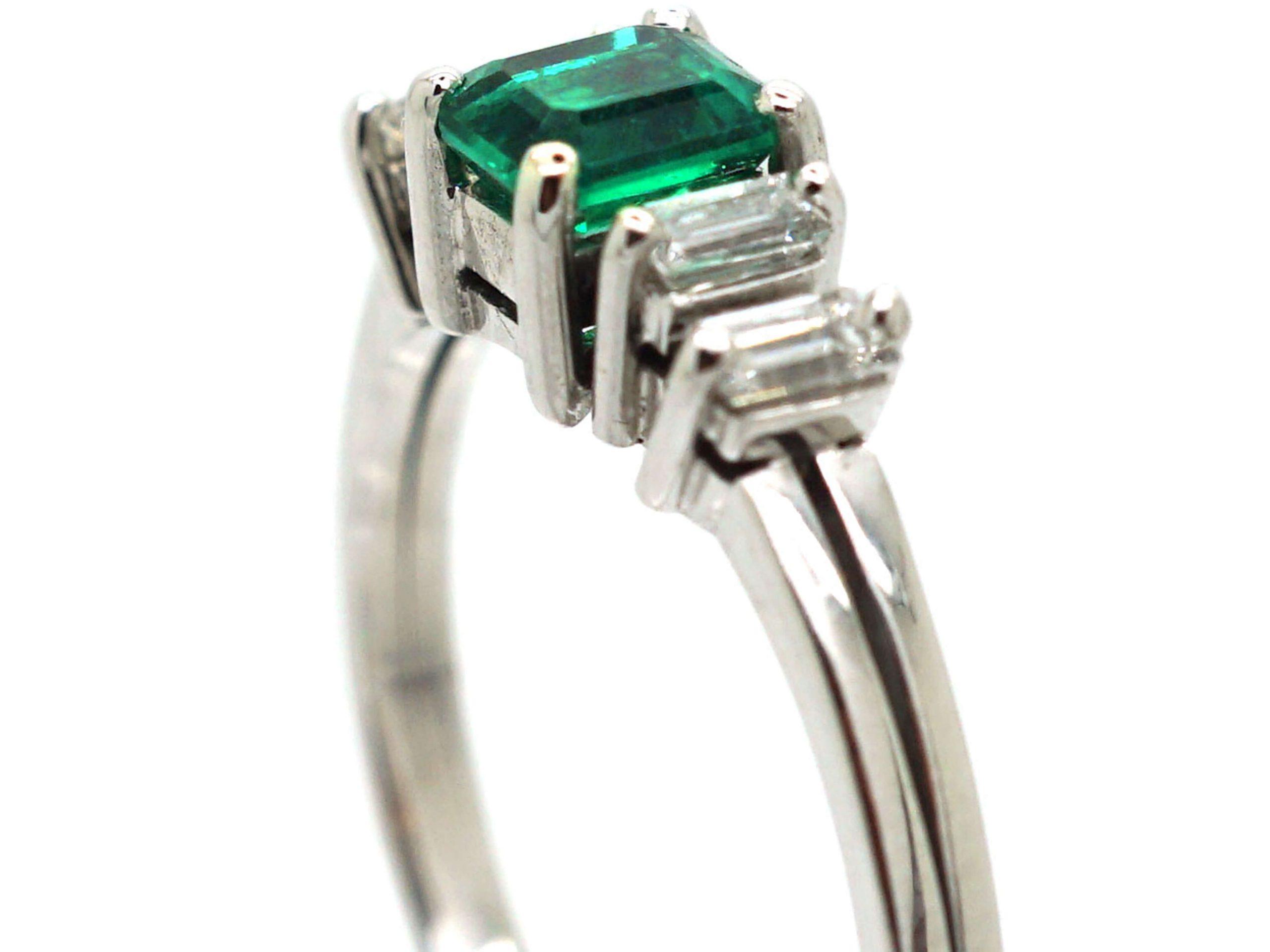 18ct White Gold, Emerald & Baguette Diamond Ring