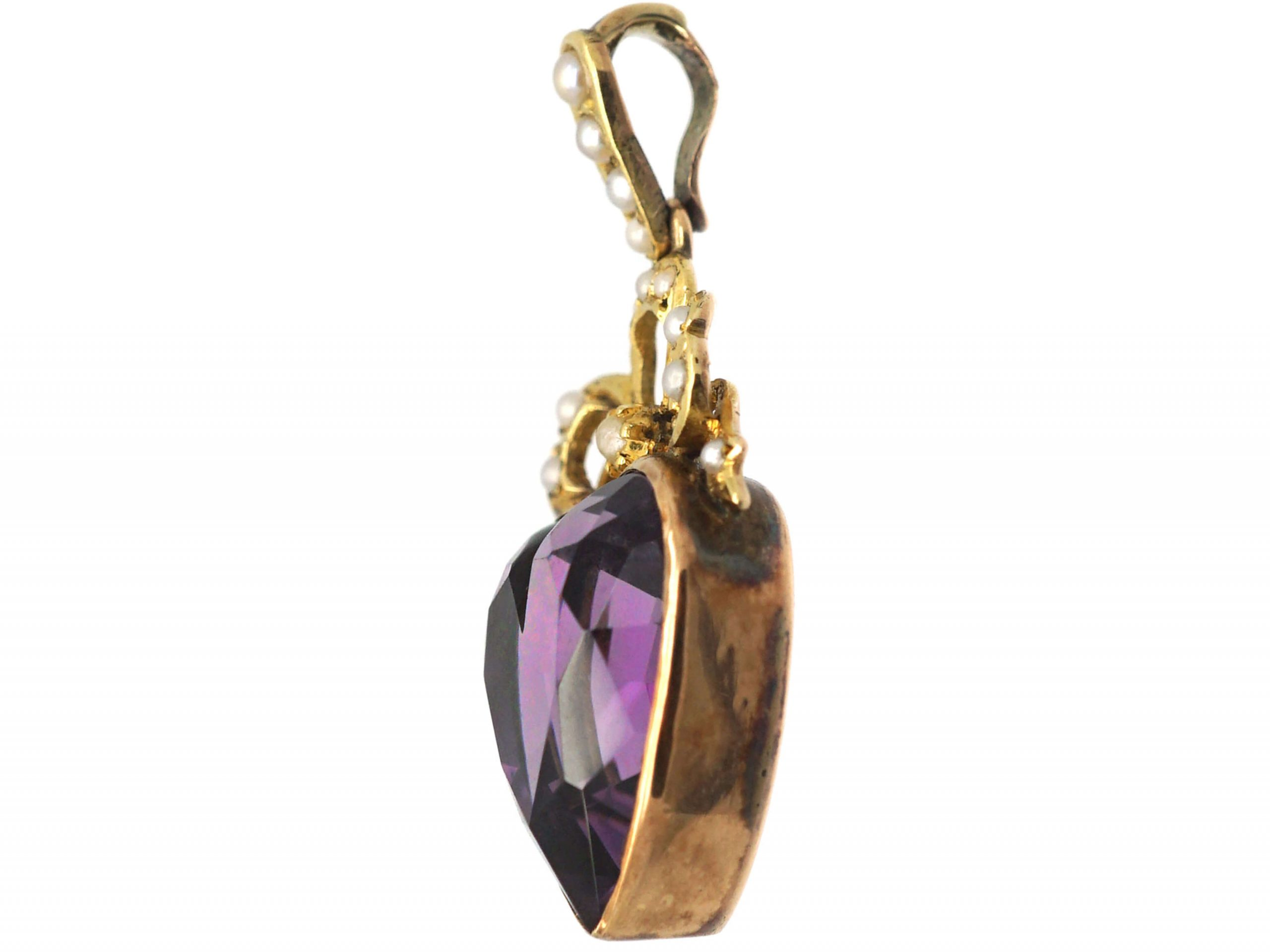 Edwardian 15ct Gold Heart & Bow Pendant set with an Amethyst & Natural Split Pearls