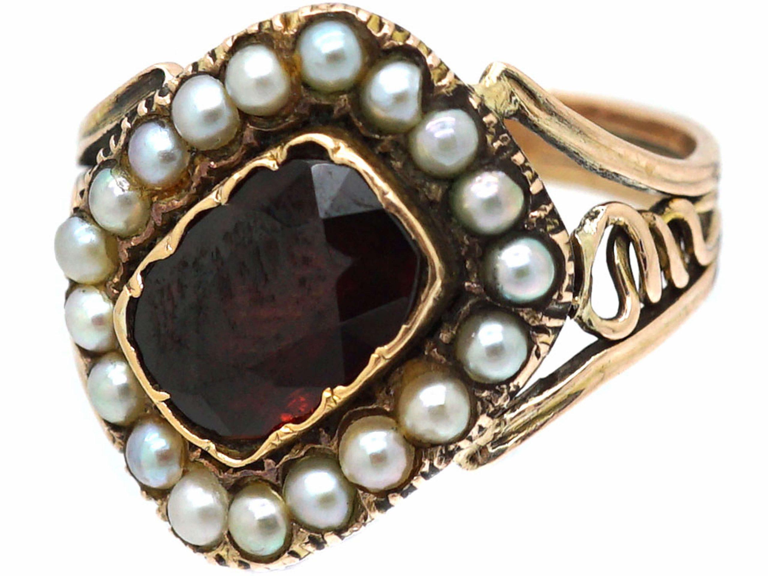 Georgian 9ct Gold Tipped Garnet & Natural Split Pearl Mourning Ring