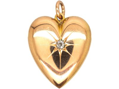 Late Victorian 15ct Gold Heart Pendant set with a Diamond