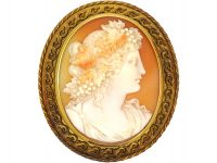 Victorian 15ct Gold Cameo Brooch of a Bacchante.