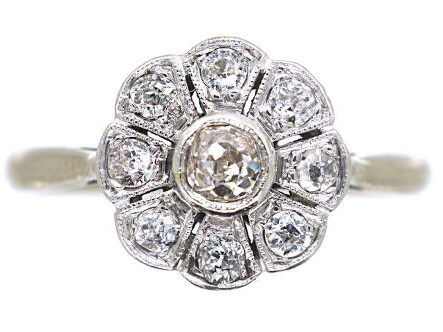 Edwardian 18ct White Gold & Platinum, Diamond Daisy Cluster Ring