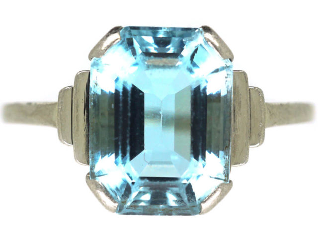 Art Deco 18ct White Gold Aquamarine Ring
