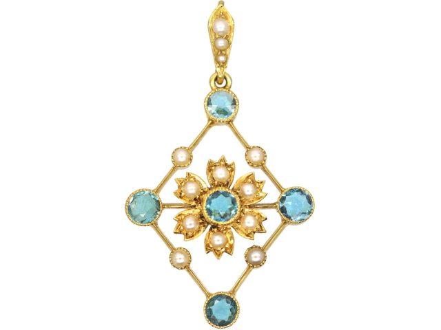 Edwardian 15ct Gold Aquamarine & Natural Split Pearl diamond Shaped Pendant