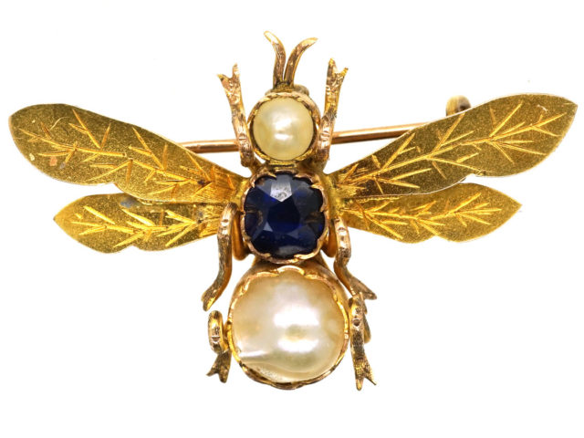 Edwardian 18ct Gold Bee Brooch Set With a Sapphire & Two Natural Pearls